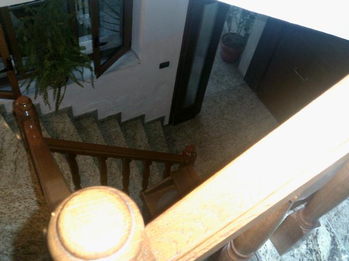 Hotel Alpar, Fierit