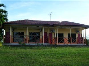 Tanjung Uda River Resort, Manjung