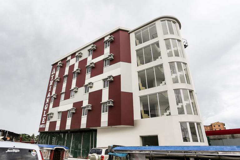 OYO 393 Triangle Apartelle, Quezon City