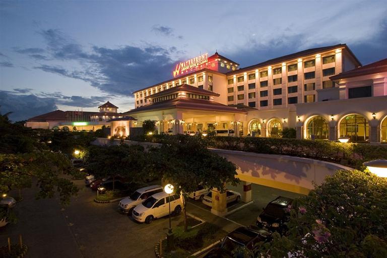 Waterfront Airport Hotel & Casino Mactan, Lapu-Lapu City