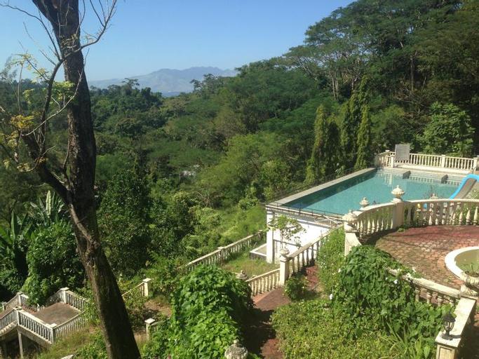 Mountain Woods Inn, Olongapo City