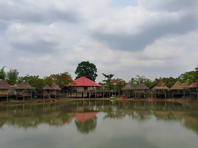 Thavisok Resort, Xaythany