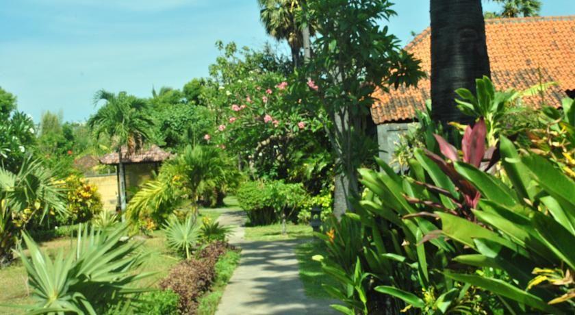 Taman Selini Wahana Beach Resort, Buleleng