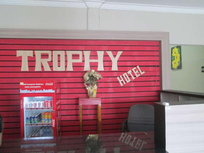 Trophy Hotel, Sumbawa Barat