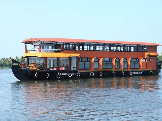 Sri Swasti Houseboat, Kottayam
