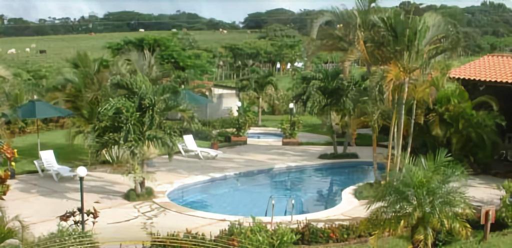 Villas Solania, Cañas