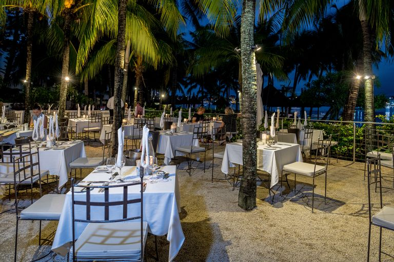 Mauricia Beachcomber Resort & Spa,