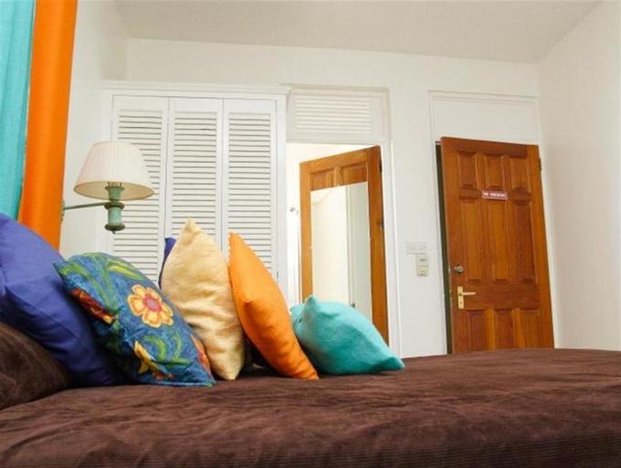 Castle Comfort Lodge,