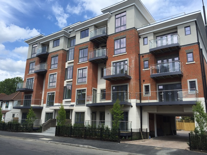 Hof Apts The Heights at Athena Court, Windsor and Maidenhead