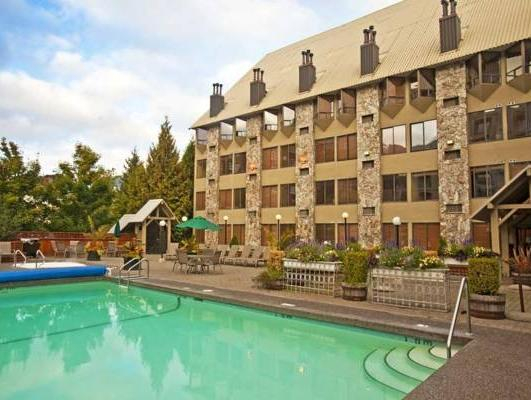 Mountain Side Hotel Whistler by Executive, Squamish-Lillooet