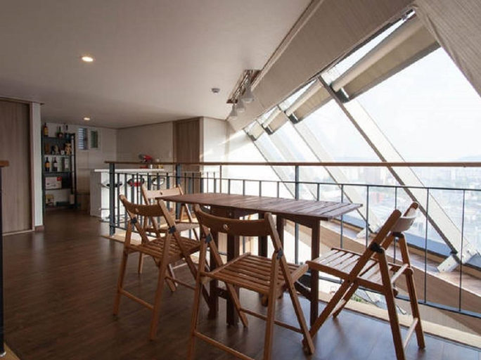 Cube Guesthouse, Jung