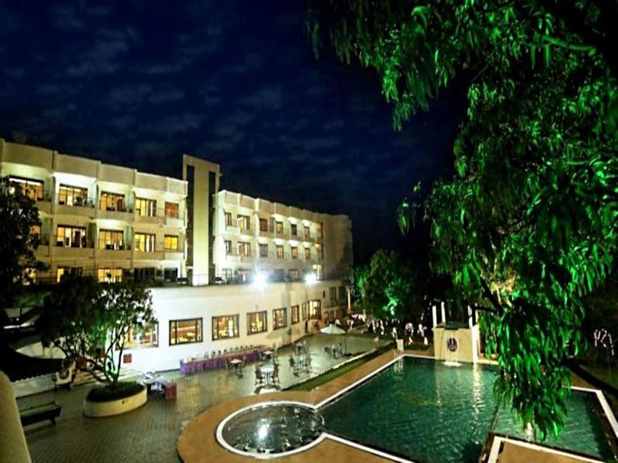 Pluz Resort, Dadra and Nagar Haveli