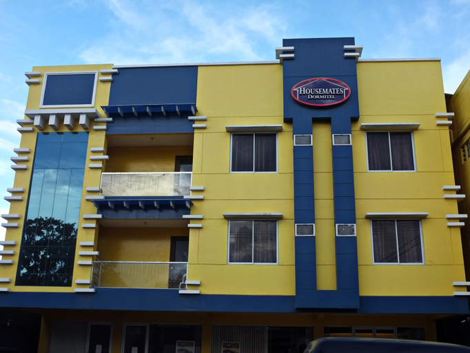 Housemates Dormitel, Davao City