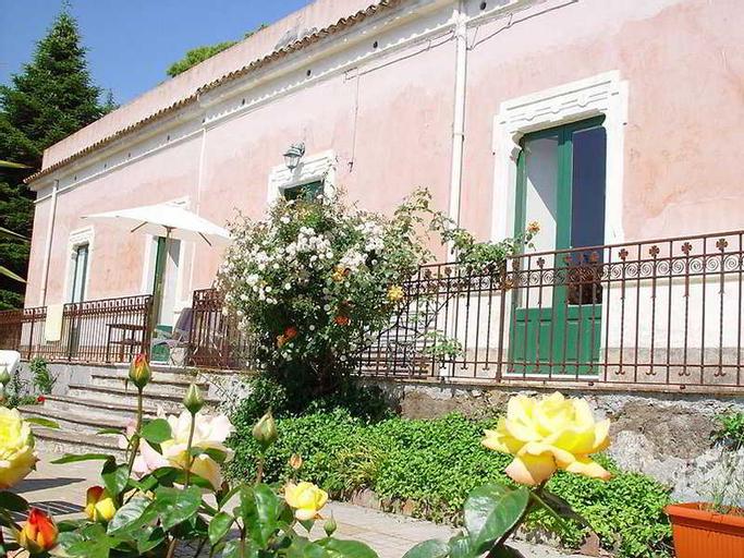 Villa il Padrino, Catania