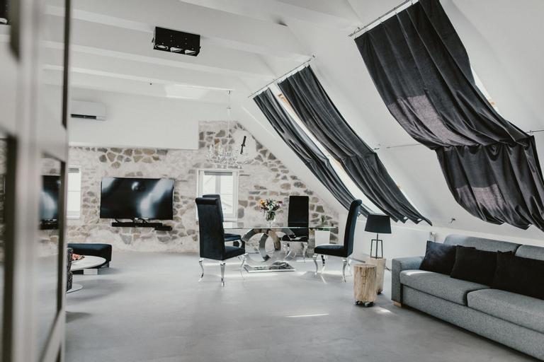 Coco Chanel Boutique Apartment, Brno