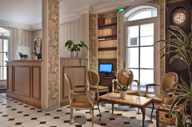 Hotel Romance Malesherbes by Patrick Hayat, Paris