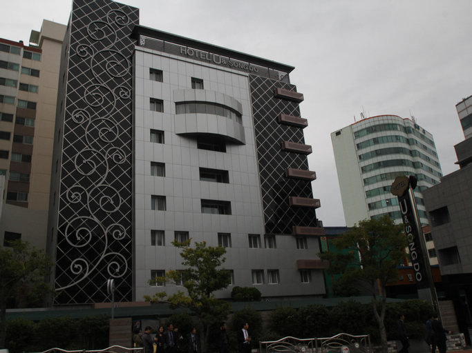U & Songdo Hotel, Saha