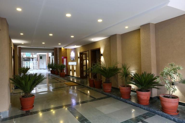 OYO 1817 Hotel Rainbow, Ghaziabad
