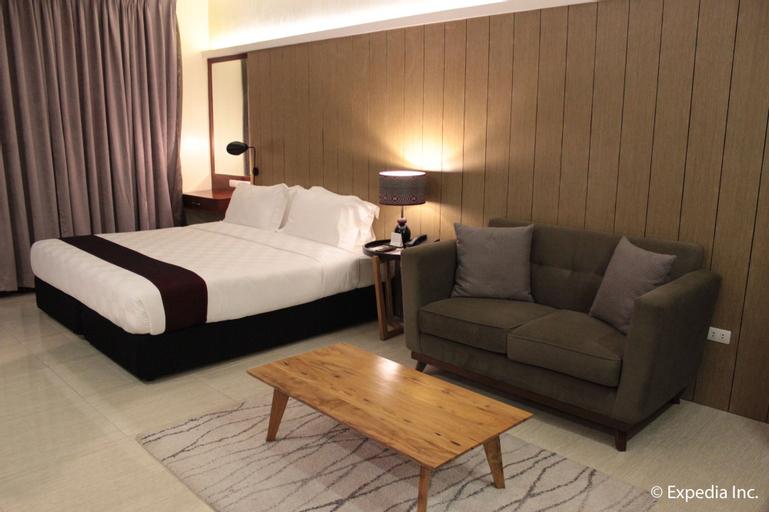 One Vittoria Hotel, Bantay