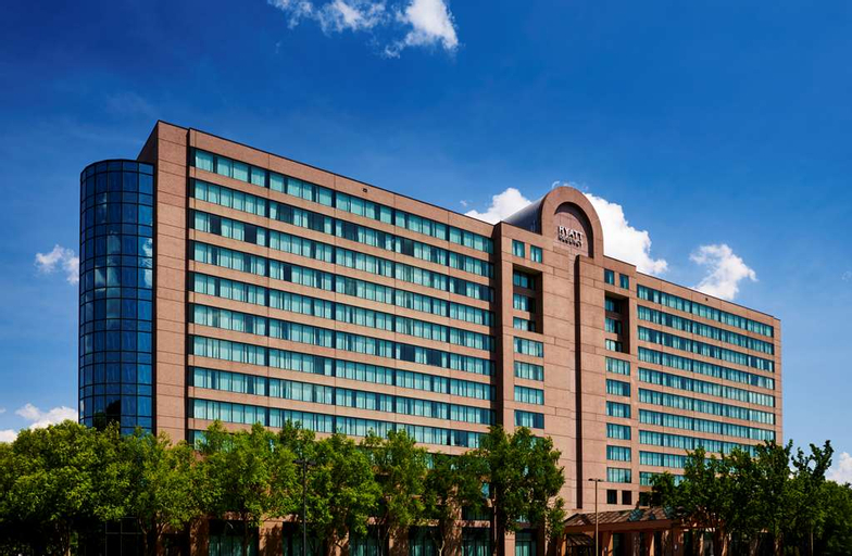 Hilton Fairfax, Fairfax