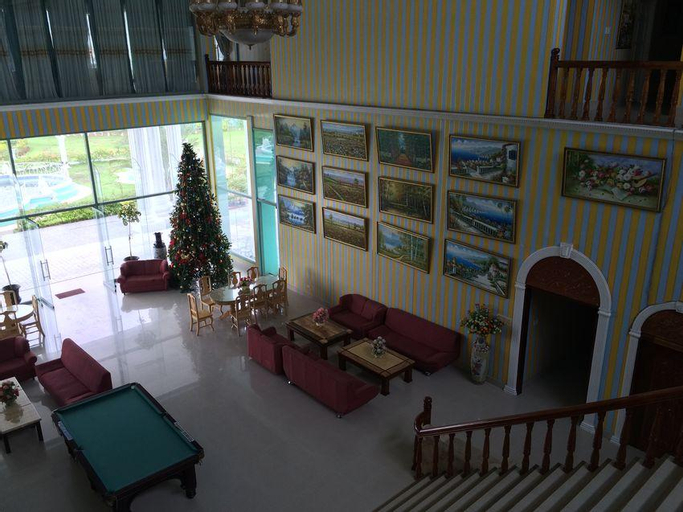 Highlander Hotel and Resort, Solano