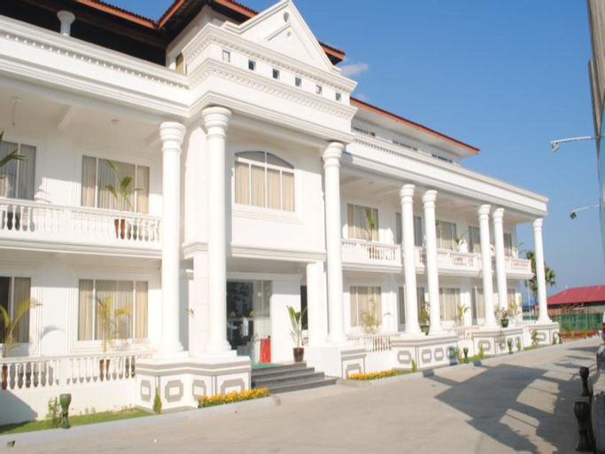 Royal Lotus Hotel, Naypyitaw