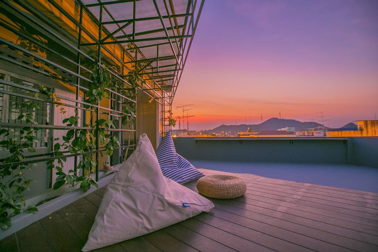 Chedi View Hostel & Rooftop Bar, Muang Phetchaburi