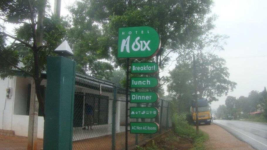 Asix Hotel, Trincomalee Town and Gravets