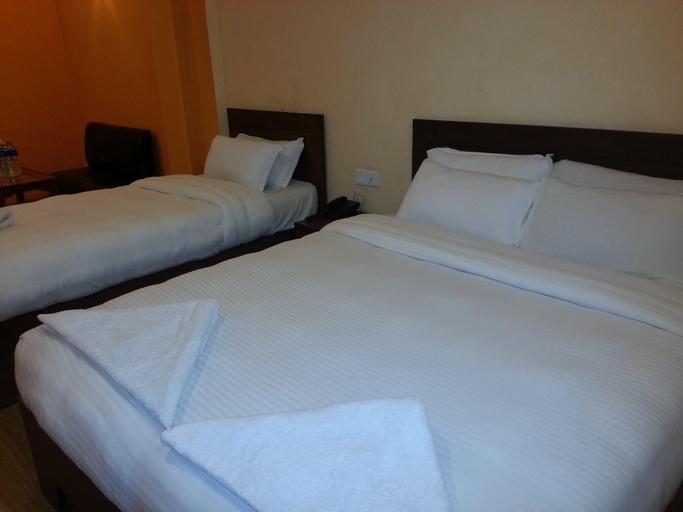 Hotel Stupa , Lumbini