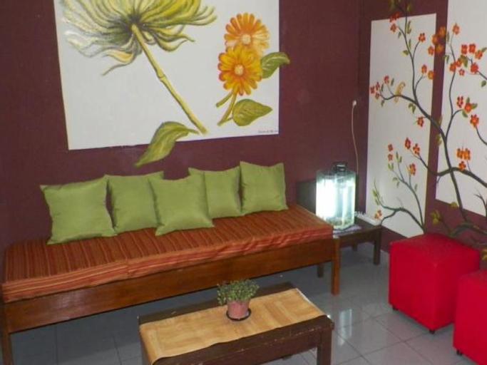 Pinisi Hostel, Bandung