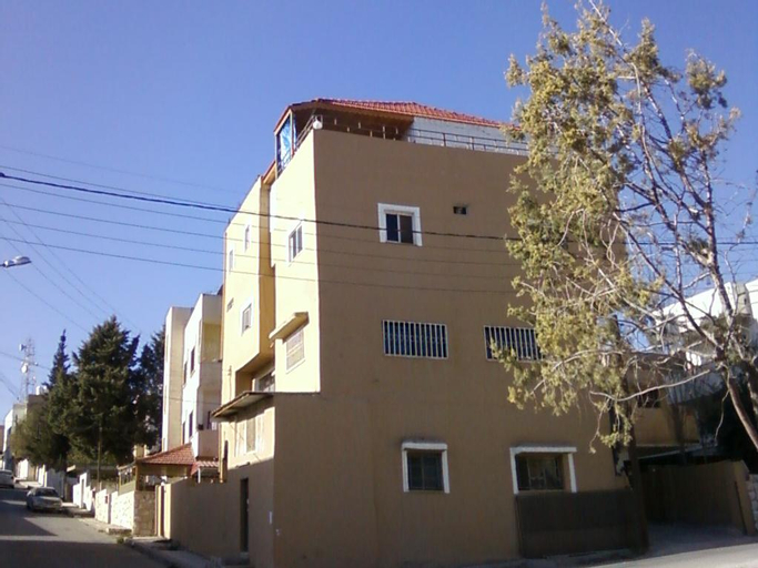 Madaba Private Home Experience – Fadi's Home Stay, Madaba