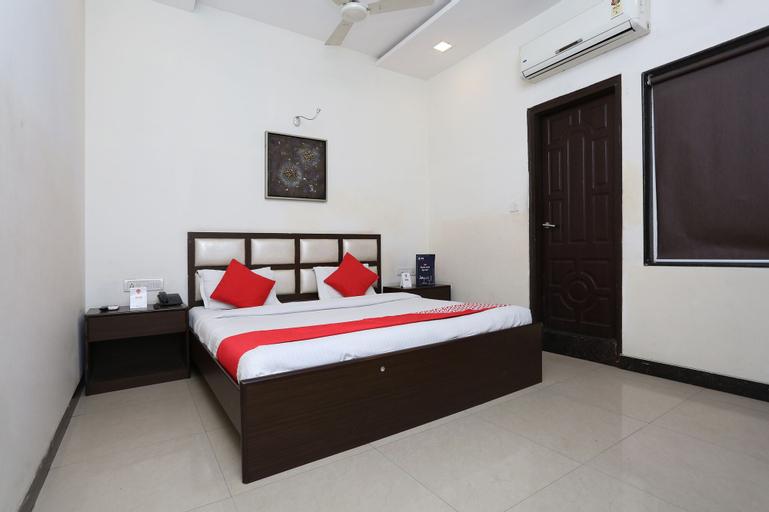 OYO 2660 Hotel Radhe Inn, Raipur