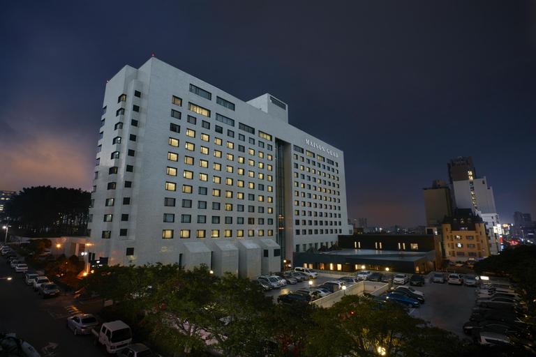 Maison Glad Jeju Hotel, Jeju