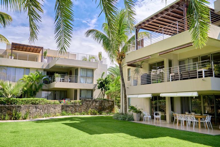 Bon Azur Beachfront Suites & Penthouses by Lov,