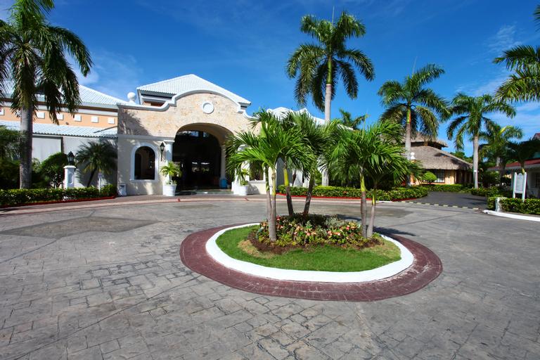Bahia Principe Grand Turquesa, Salvaleón de Higüey