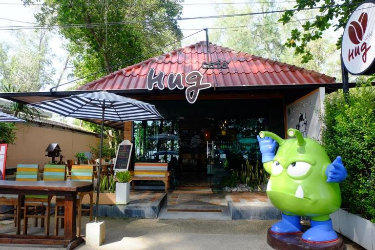 Hug Cafe, Sikao