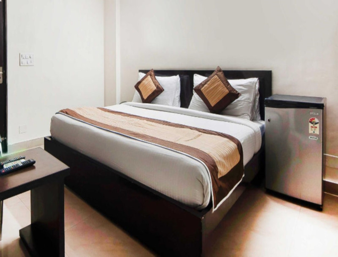 Hotel Charan Pahari, West