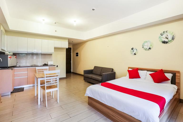 OYO 260 The Venice Luxury Residences, Makati City