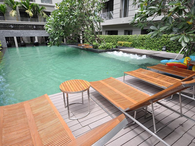 1-Bed Apartment at National Stadium BTS Station, Pathum Wan
