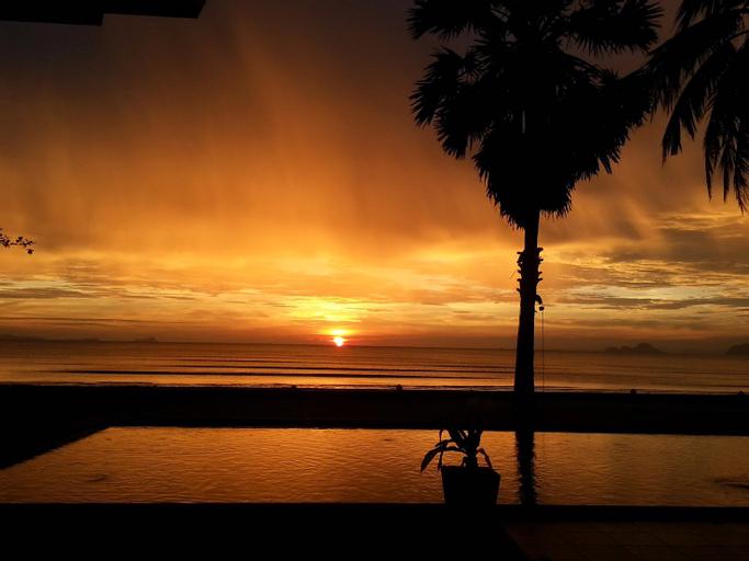 Beach Boutique Resort, Nua Khlong