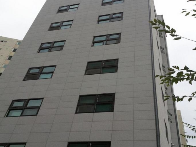 Gumi Honeymoon Hotel, Gumi