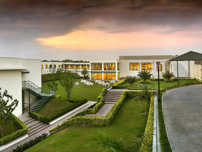 Four Points by Sheraton New Delhi, Airport Highway, West