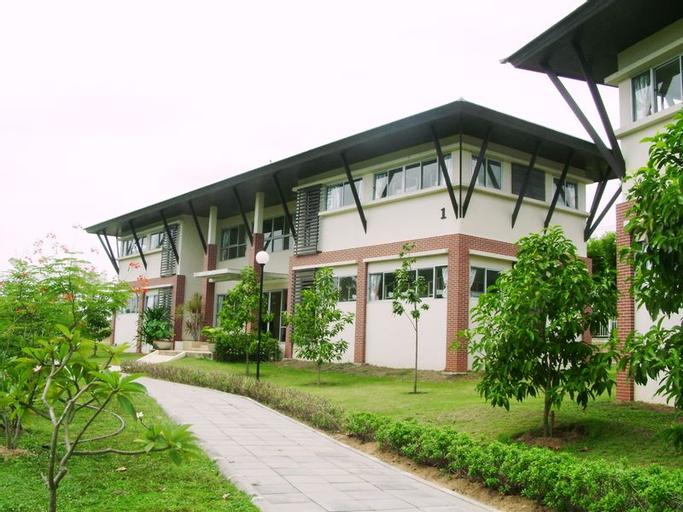 Learning Resort, Bang Lamung