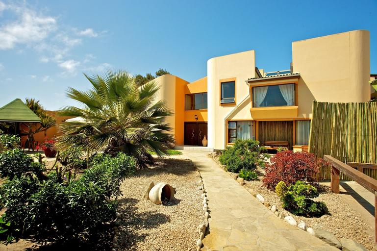 Sandcastle Apartments cc, Swakopmund