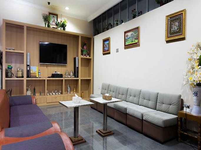 Royal Star Hotel, Taunggye