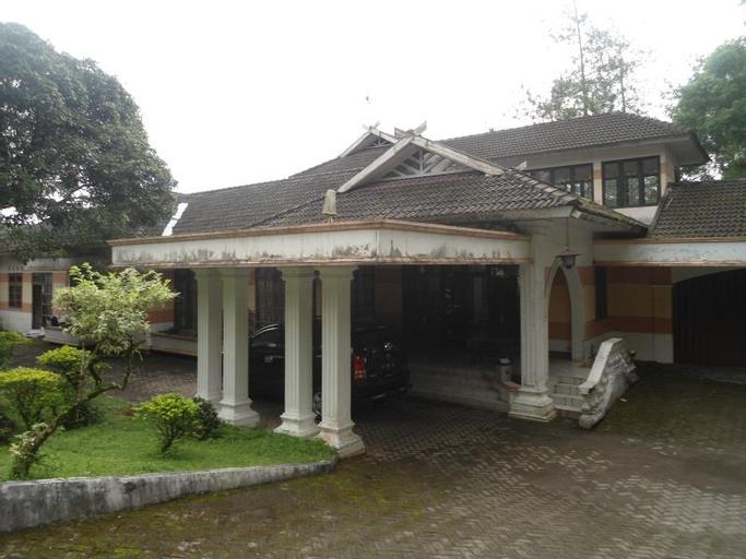 Villa Lapaloma Guest House, Sleman