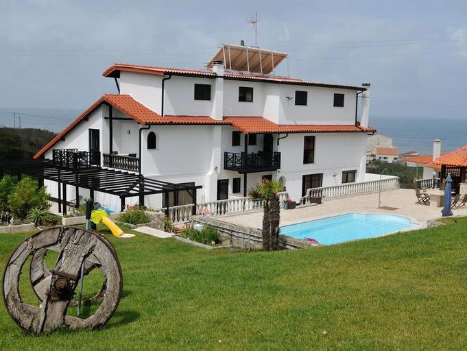 Residência Água de Madeiros, Alcobaça