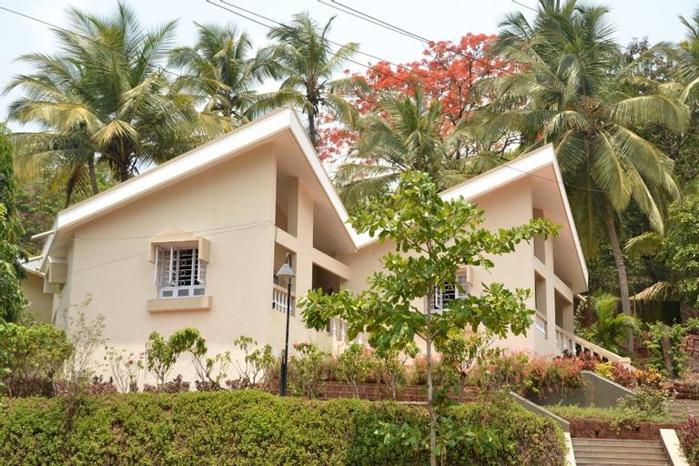 Farmagudi Hill Retreat, North Goa