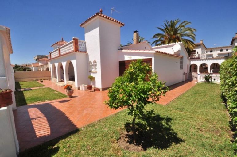Villa Tranquila Para 8 Personas en Cambrils, Tarragona