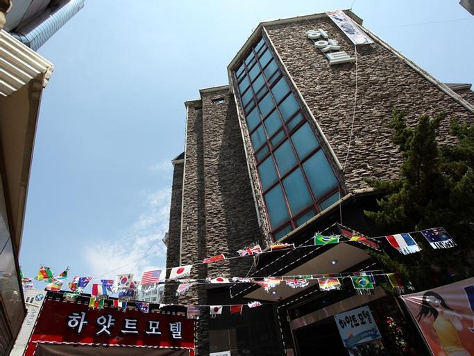 Hyatt Motel, Gyeyang